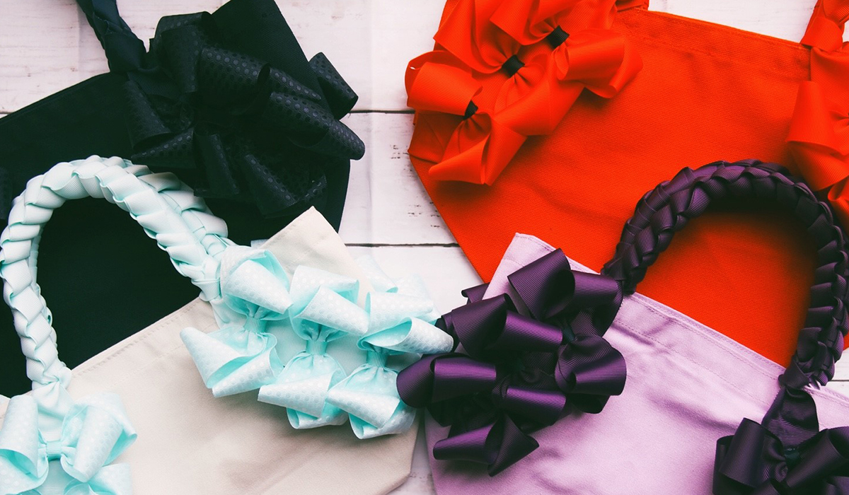 Frill Heart Ribbon Bag
